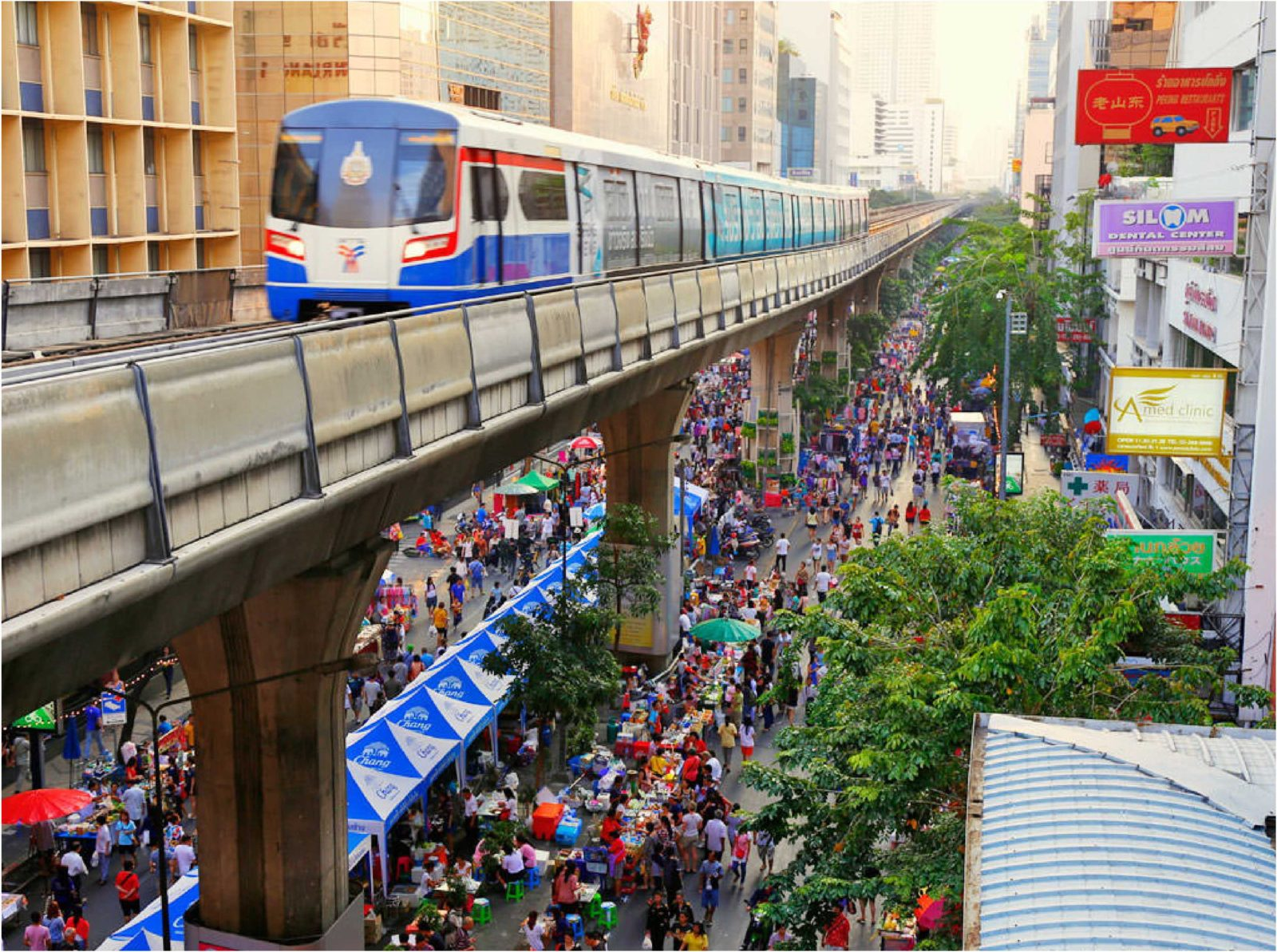 Silom – Bangkok Street Food Markets