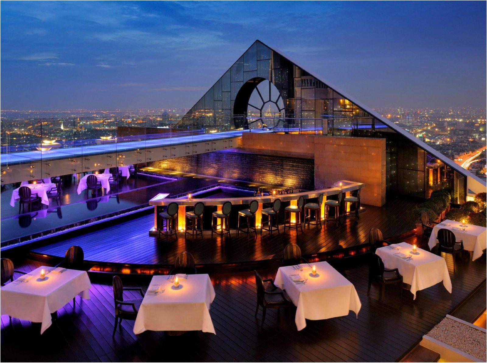 Sirocco Bangkok Rood Top Bar