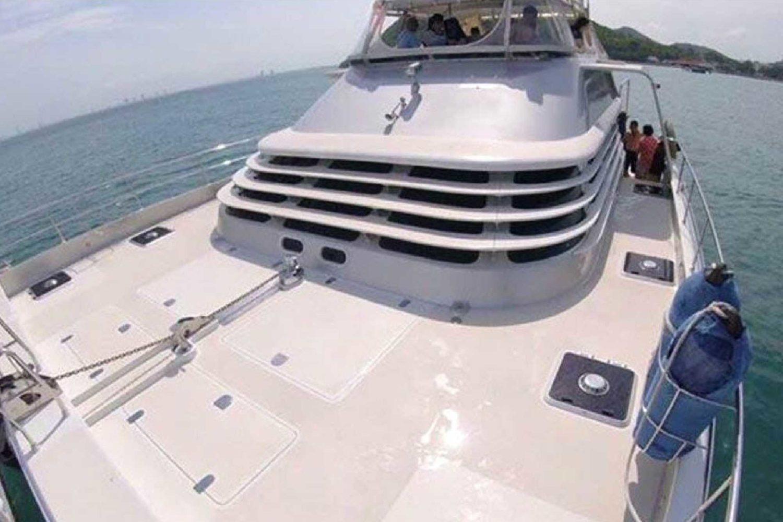 Catamaran Deck