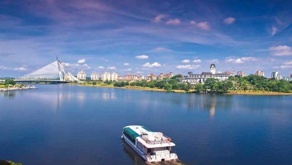 Cruise Tasik Putrajaya