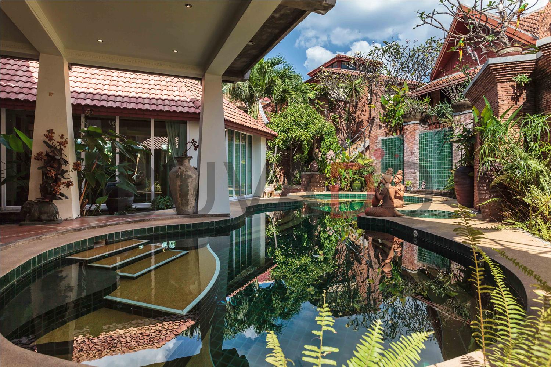 11Five Bedoom Luxury Pool Villa