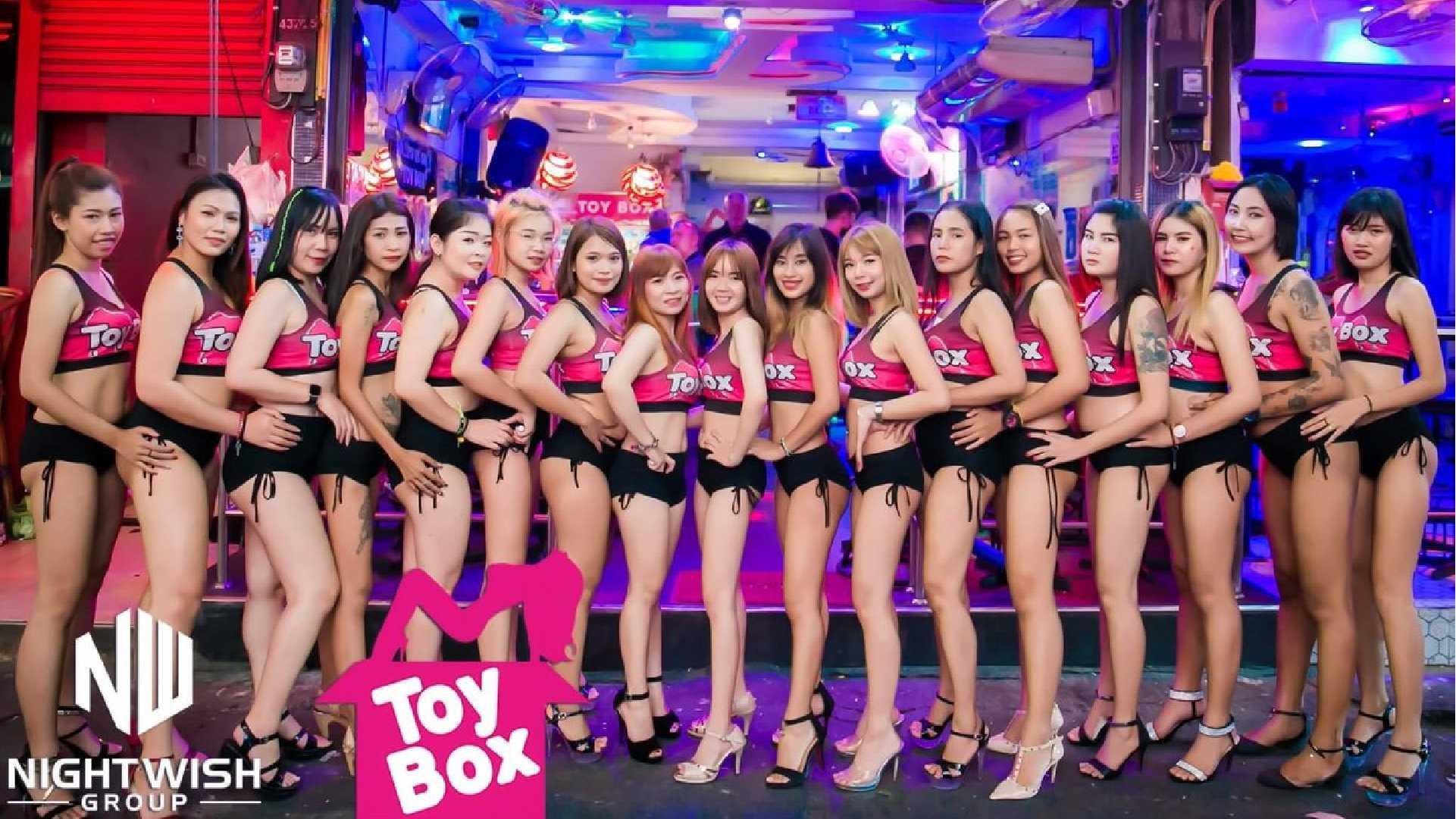 Girls of Soi6