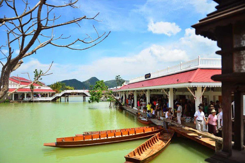 11Hua Hin Floating Market