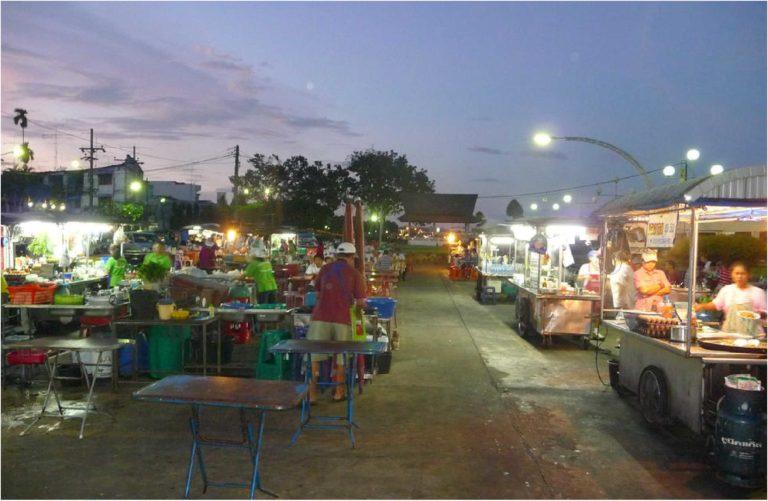 Khong Kha Road Market2
