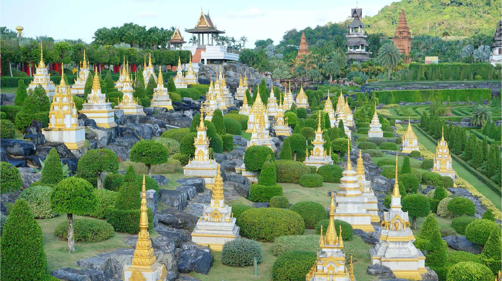 Nong Nooch Tropical Botanical Garden01