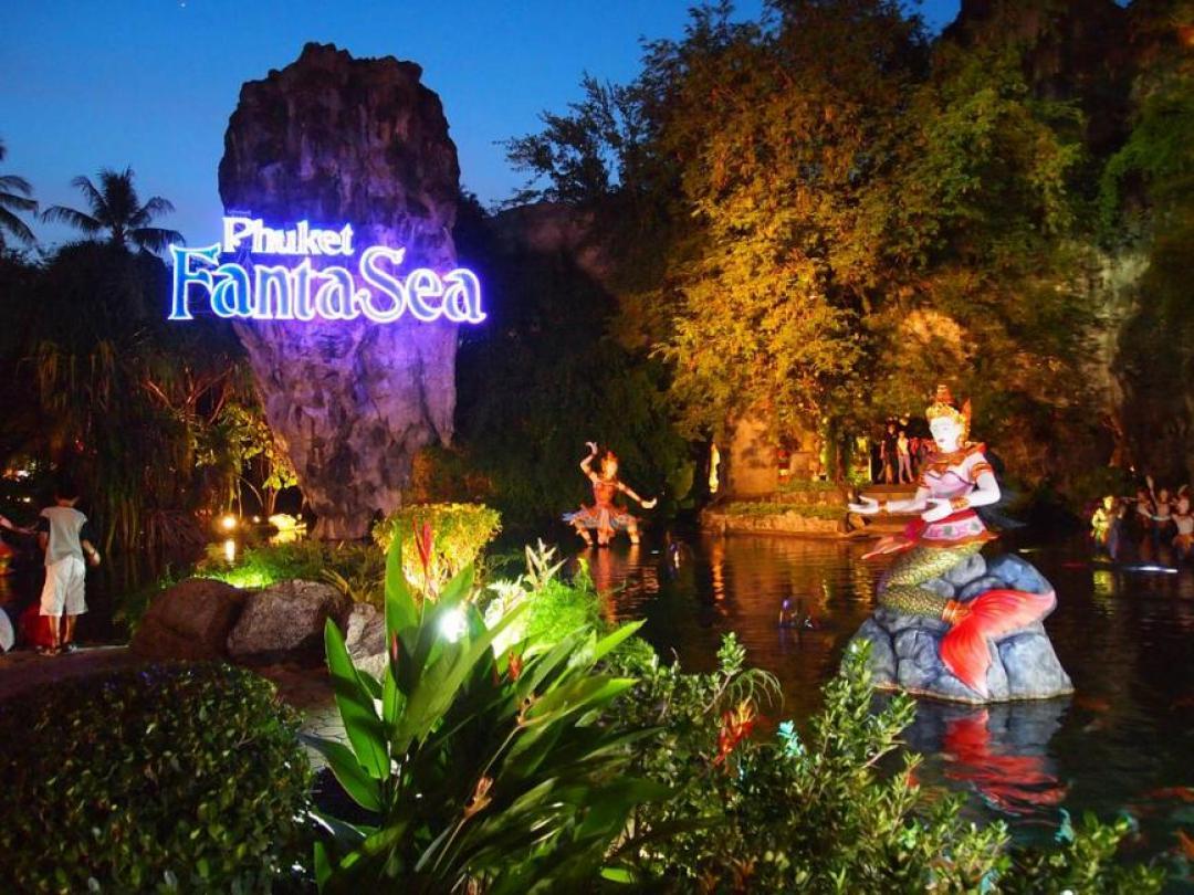 Phuket FantaSea Show