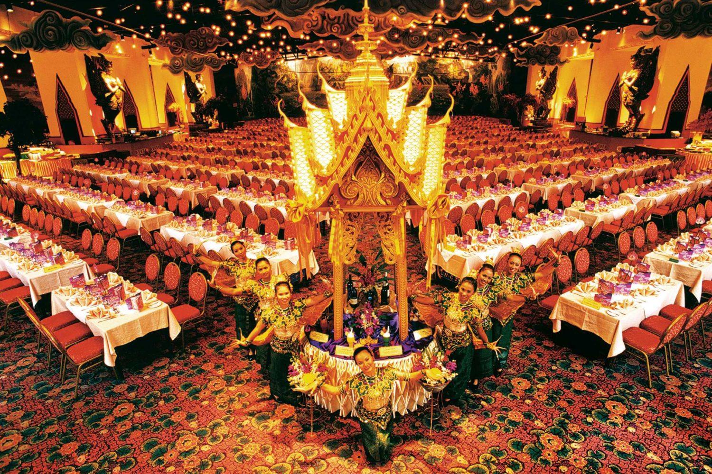 Phuket Fantasea Show with Dinner