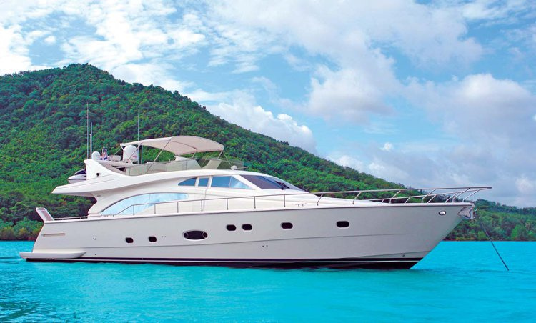11Corporate Yacht Party