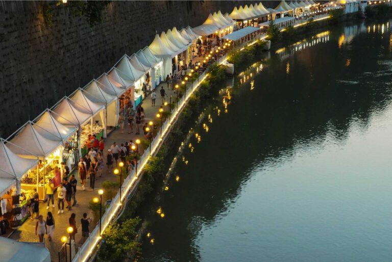 Wellness Travel - Night Market